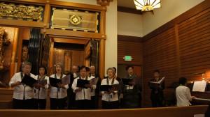葬儀での合唱団 遺族の気持ちを受け止め、故人が大好きだった歌を別院の合唱団が葬儀で歌う。