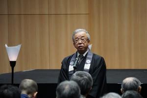 記念公演前にシアタープロジェクトのことや上演内容を伝える大江学長