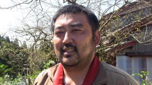 この方は傳正寺さんから、ずっと坂道をいっしょに歩いてくれました。はじめての体験で、「子どもの時からの地域の大切な行事。受け継いでいけたら」と話されてました。