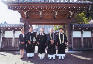 仙台市北部、恵まれた自然と都市化した街にあるお寺