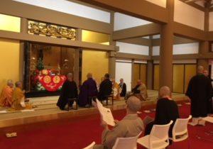 自死者追悼法要のリハーサルの様子・名古屋別院にて
